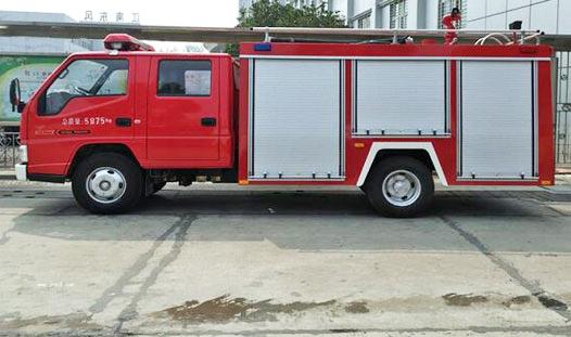 2.5吨水罐消防车
